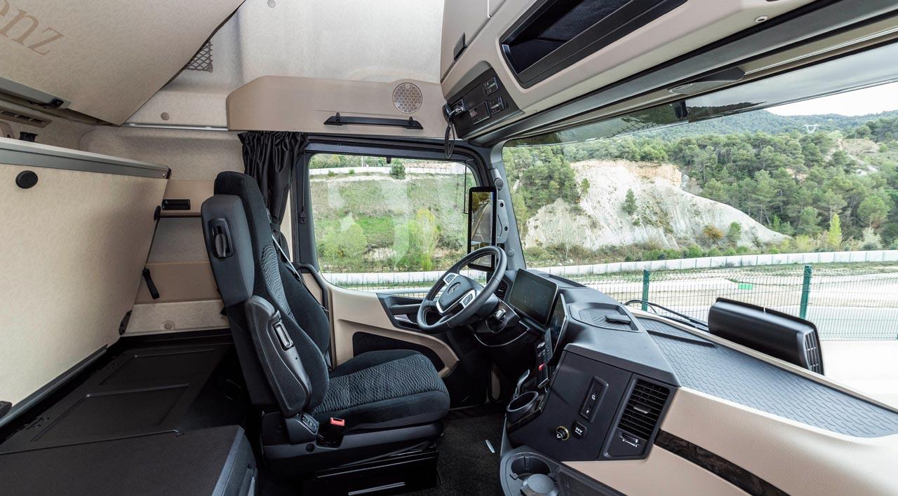 MB Actros - Photo: Daimler