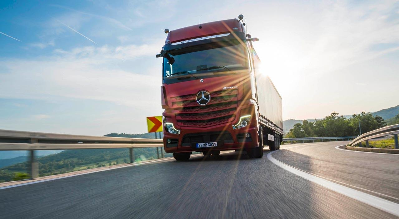 Mercedes-Benz Actros - Photo: Daimler